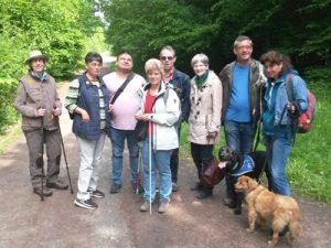 Gruppenbild auf dem Wanderweg